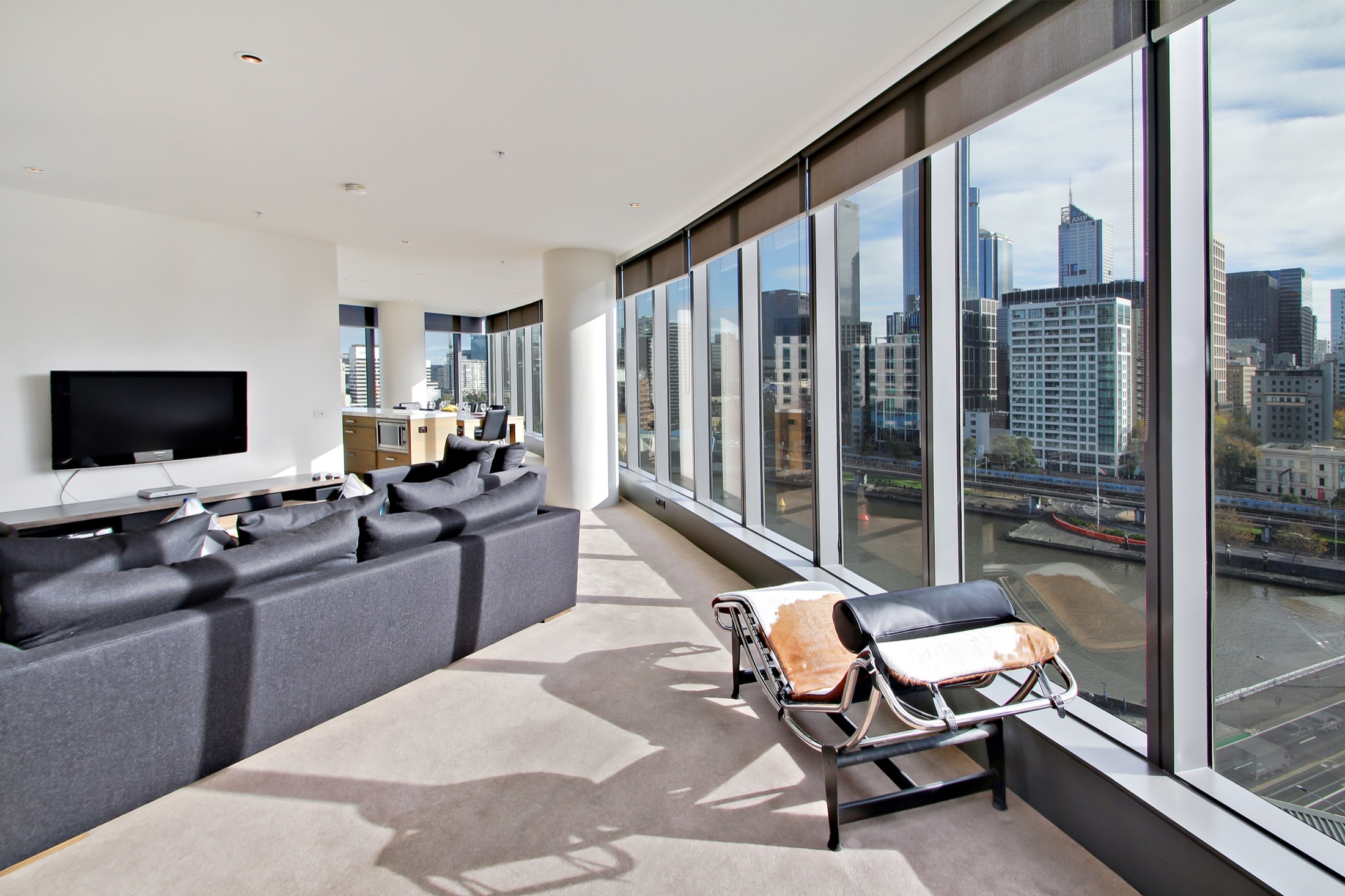 Serviced 2 Bedroom Apartment at Freshwater Place Southbank
